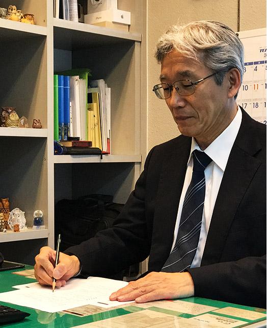 株式会社アウル 代表 岡村 春雄
