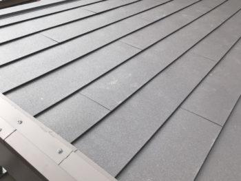 神戸市中央区 屋根カバー工法取付工事